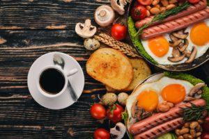 english breakfast, englisches Frühstück, Bacon, Eier, Würstchen